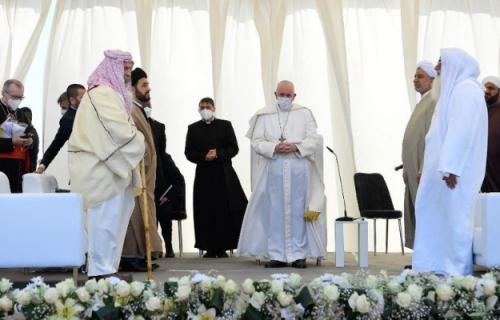Papa Francisco faz visita histórica ao Iraque